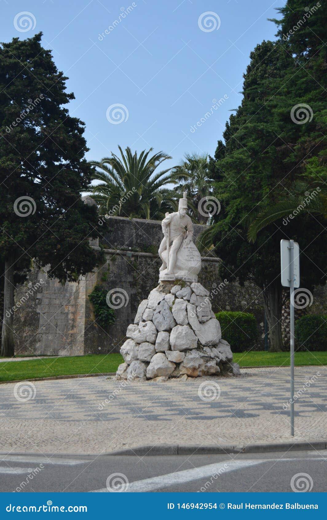 Piękna statua Dedykująca piechota pułk w 1707 i 1809 w Cascais Fotografia ulica, natura, architektura,