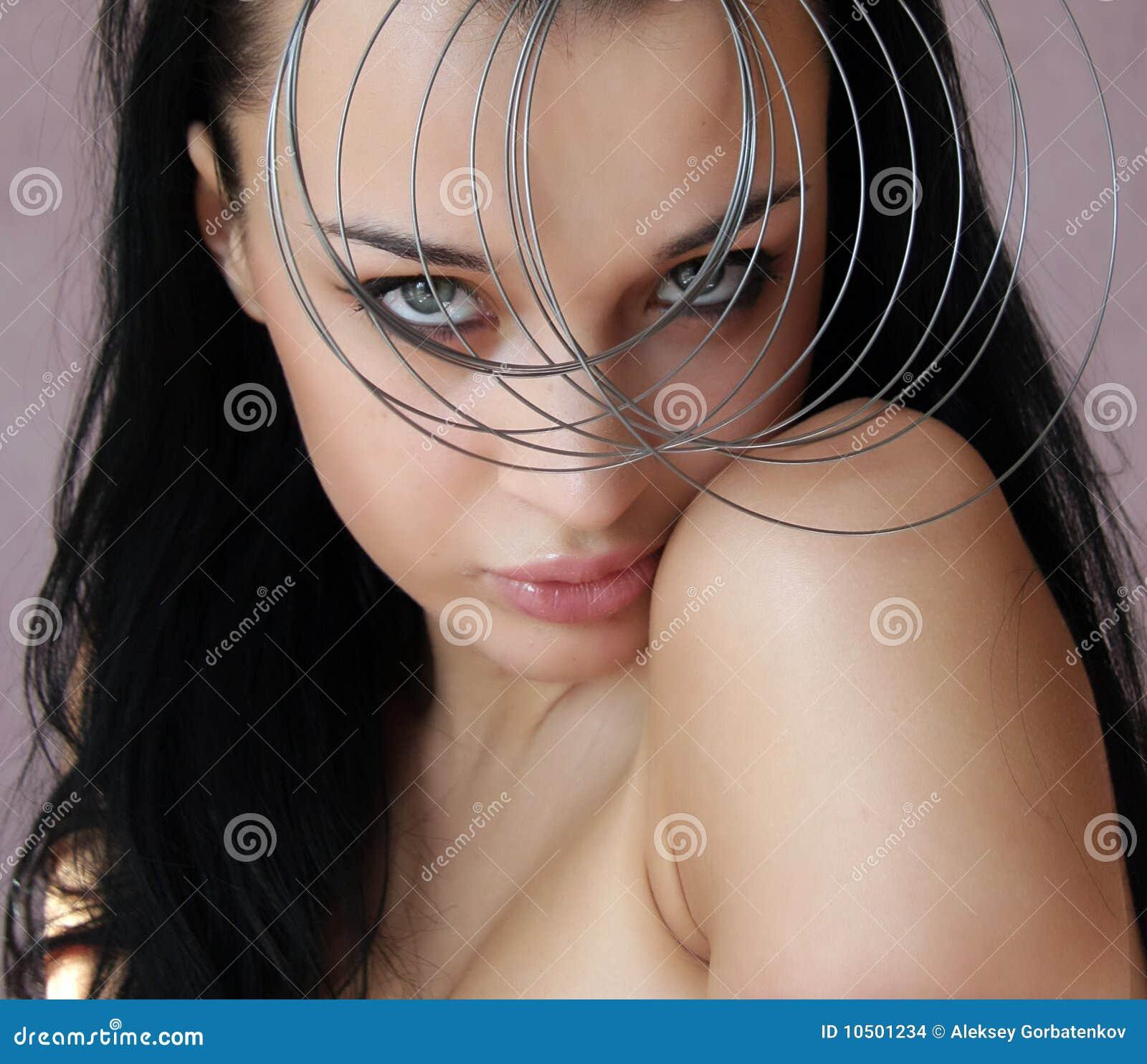 Pięknego egzotycznego ostrzyżenia seksowna kobieta