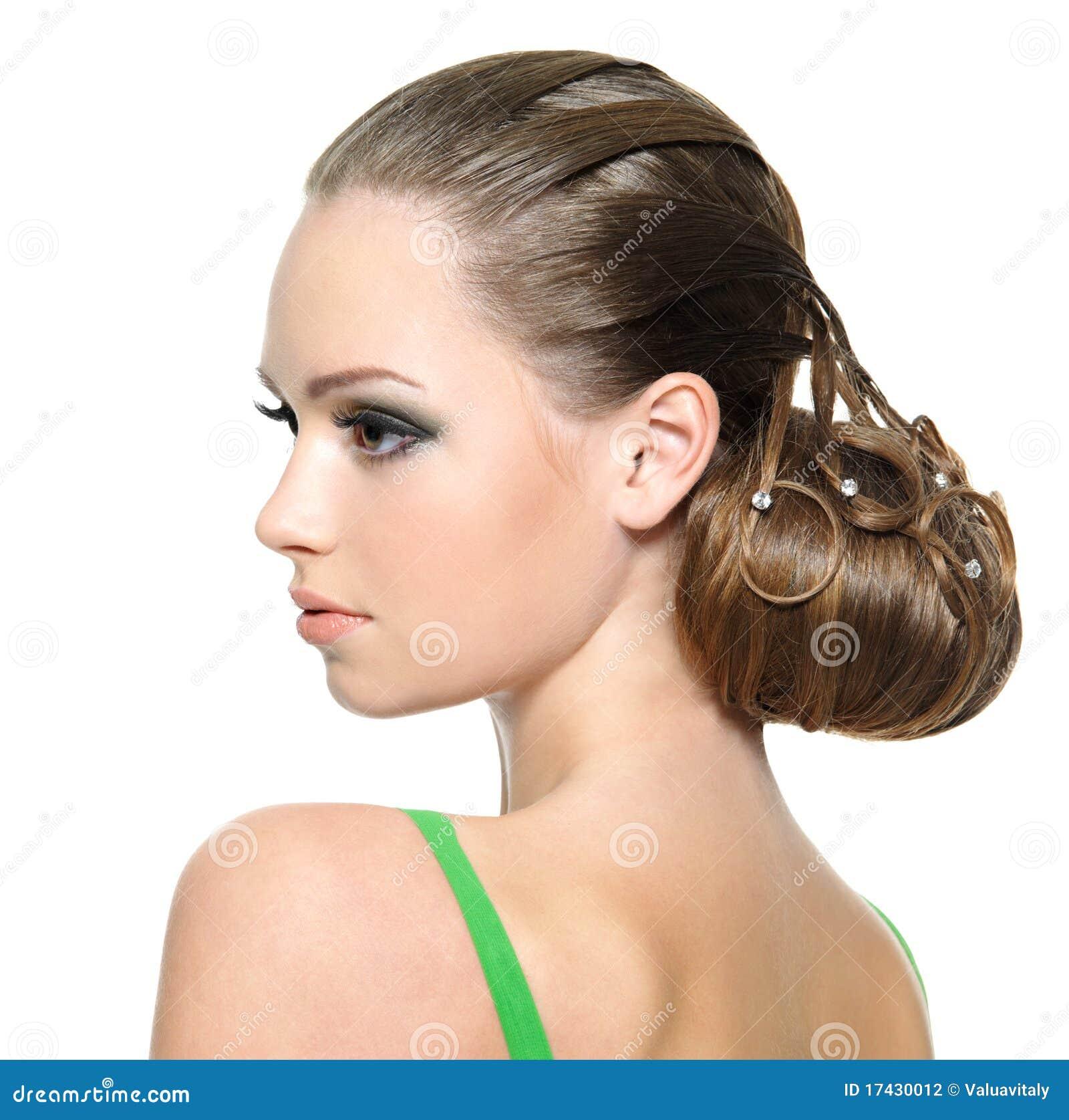 Pięknej Dziewczyny Fryzury Nowożytny Nastolatek Zdjęcie