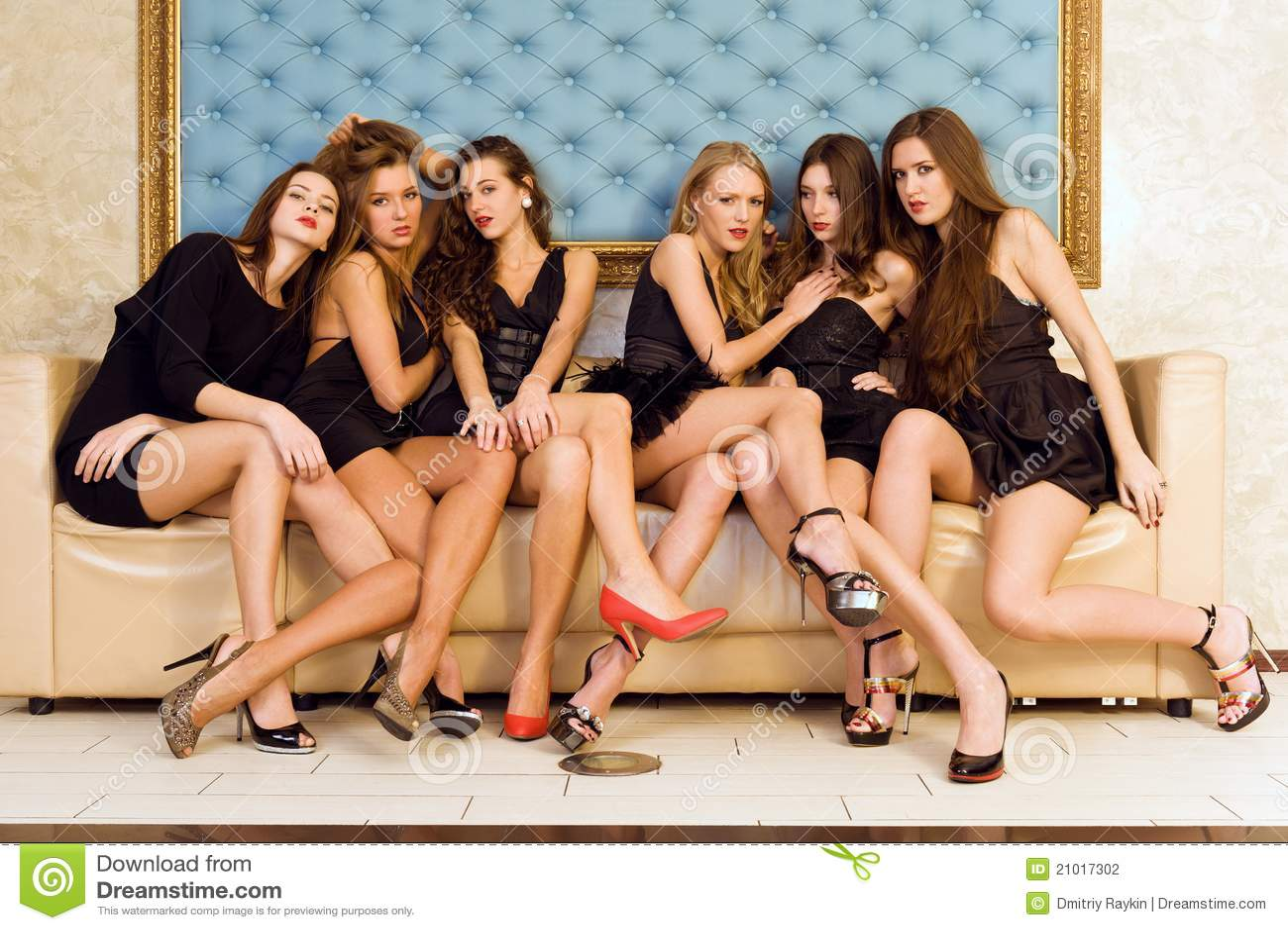 Piękni grupowi modele