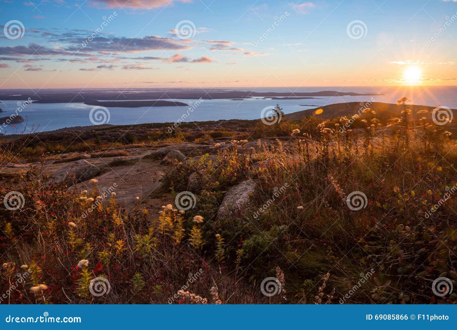 Piękni spadków kolory Acadia, Maine