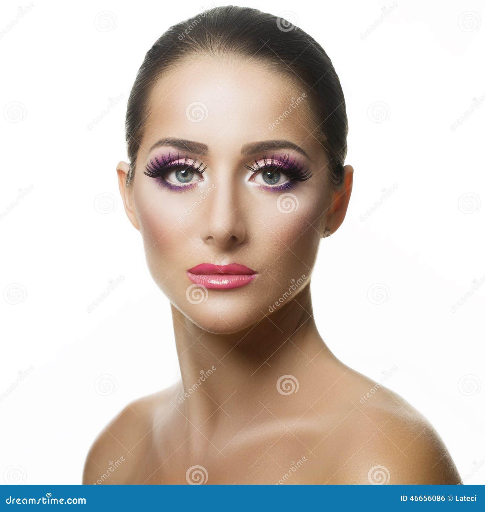 Piękni twarzy kobiety potomstwa
