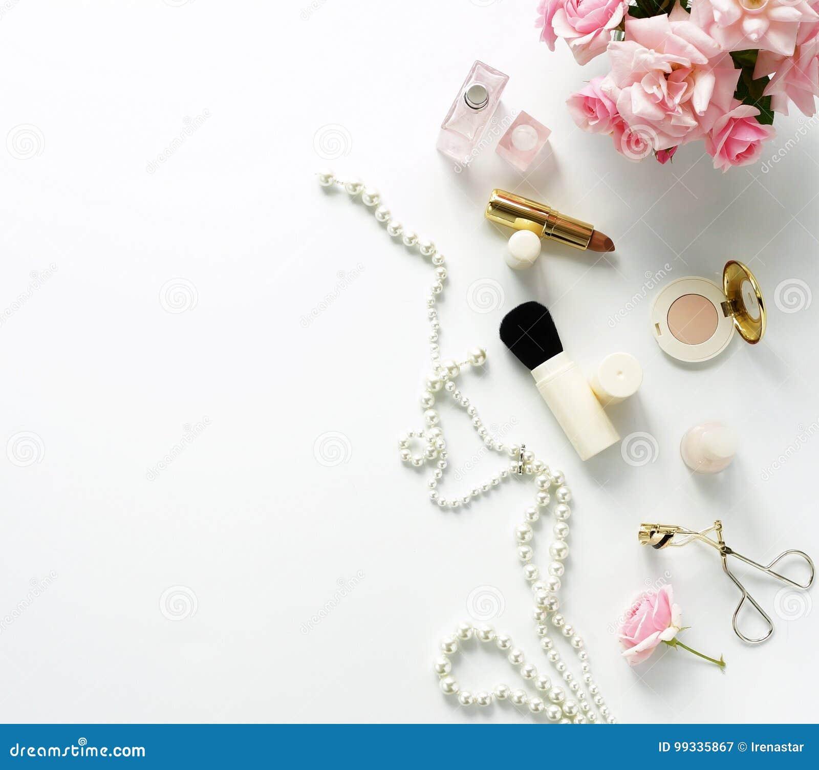 Piękno blogu pojęcie Kobieta uzupełniał akcesoria