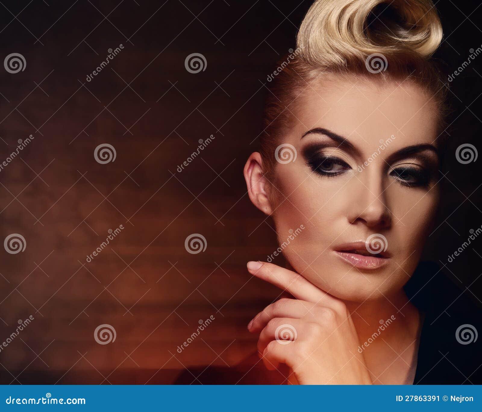 Piękny kobieta portret