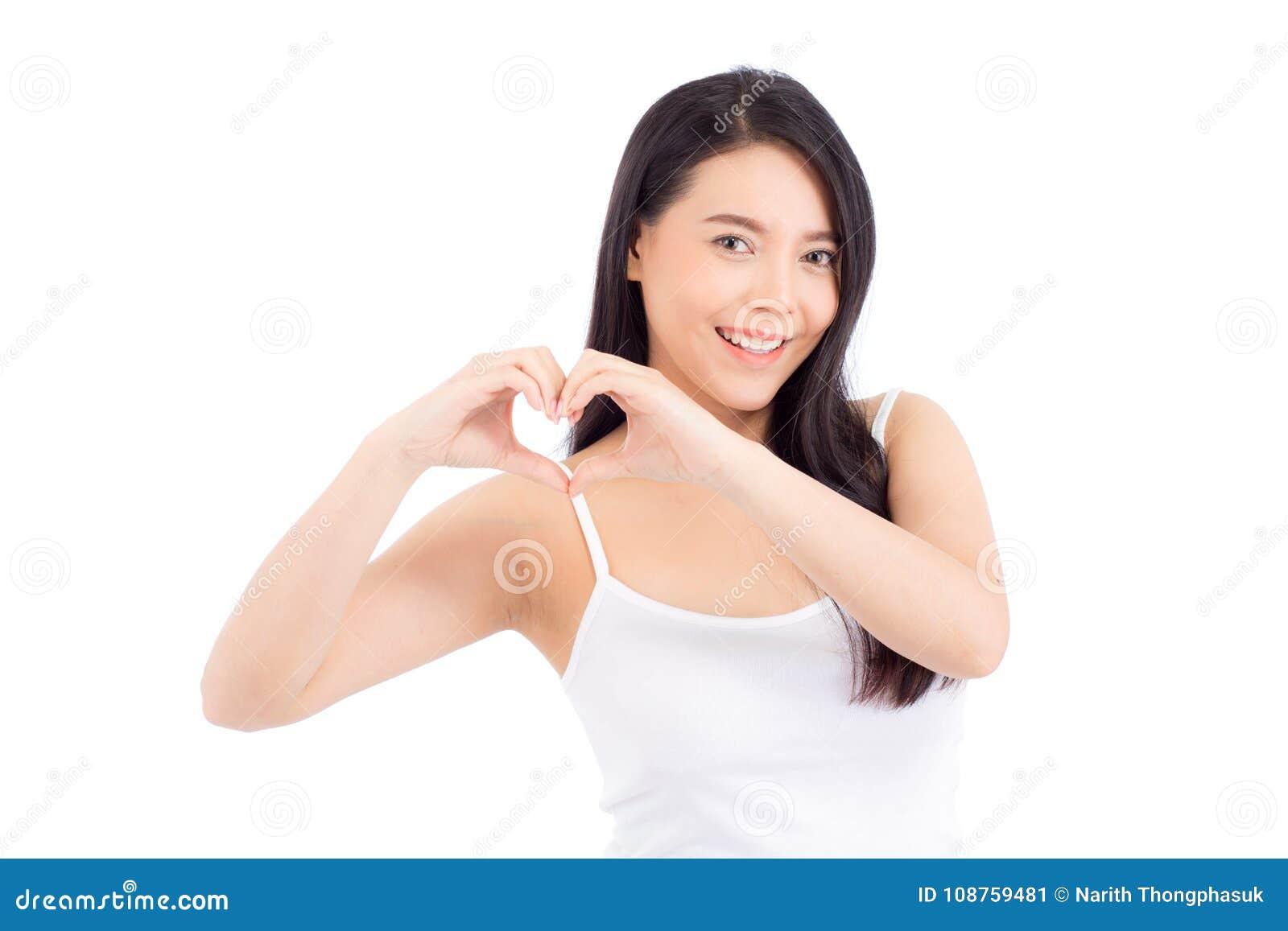 Piękny portret młodej kobiety pozyci azjatykciego gesta kierowy kształt