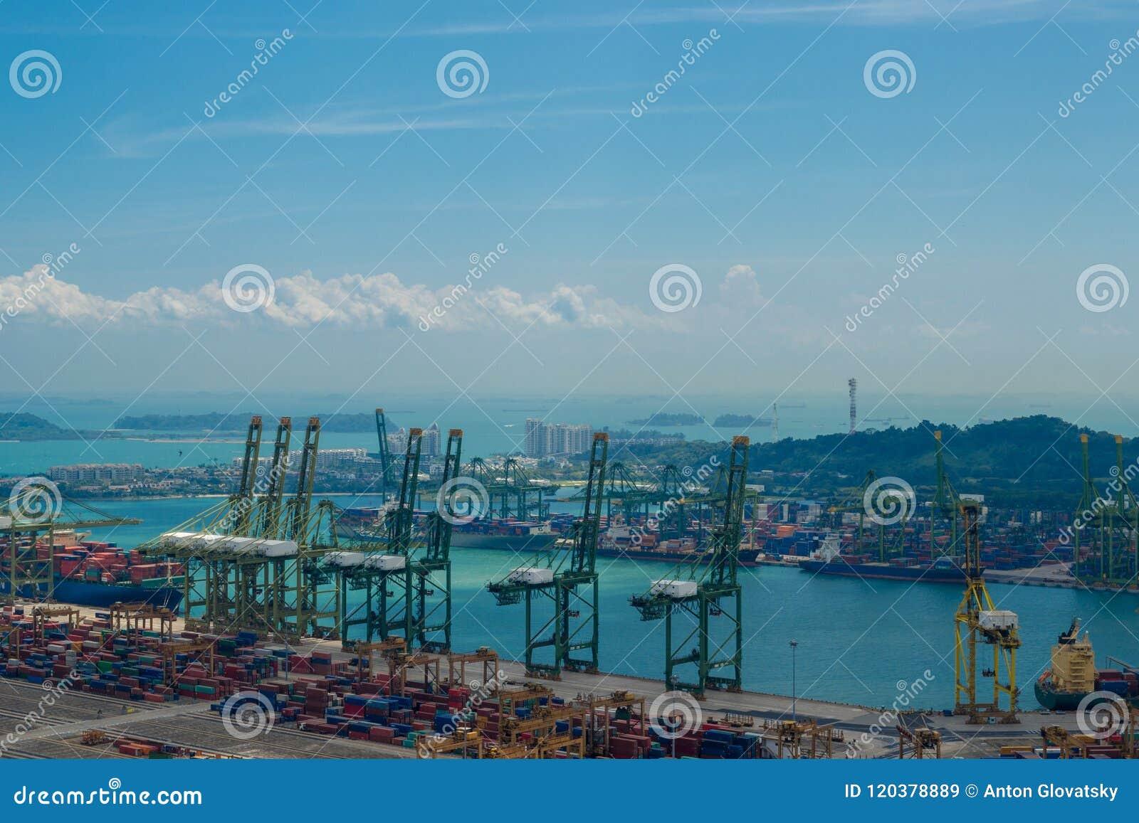 Piękny widok z lotu ptaka przemysłowy Singapur, reklama port