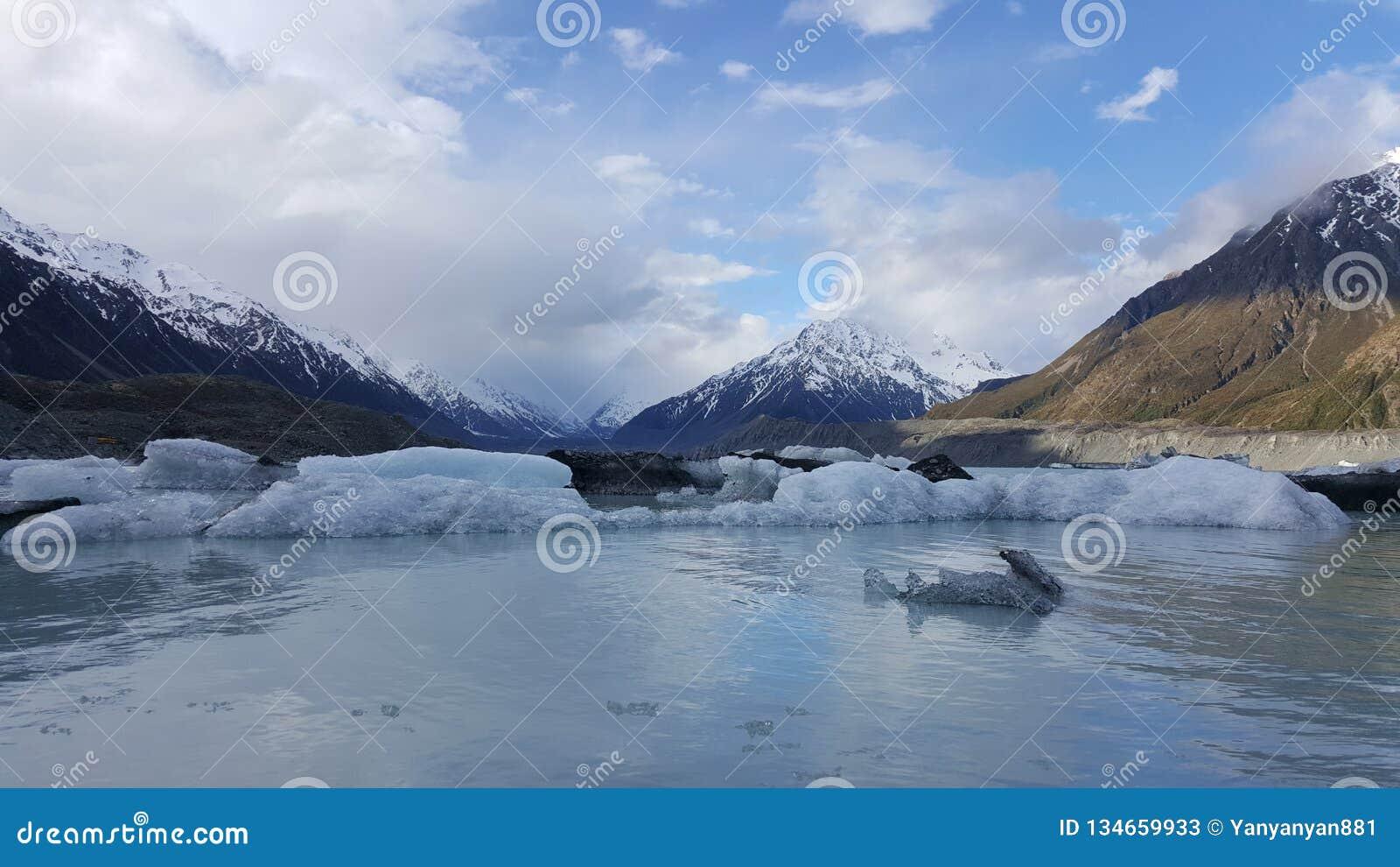 Piękny zima krajobraz w zimie Nowa Zelandia