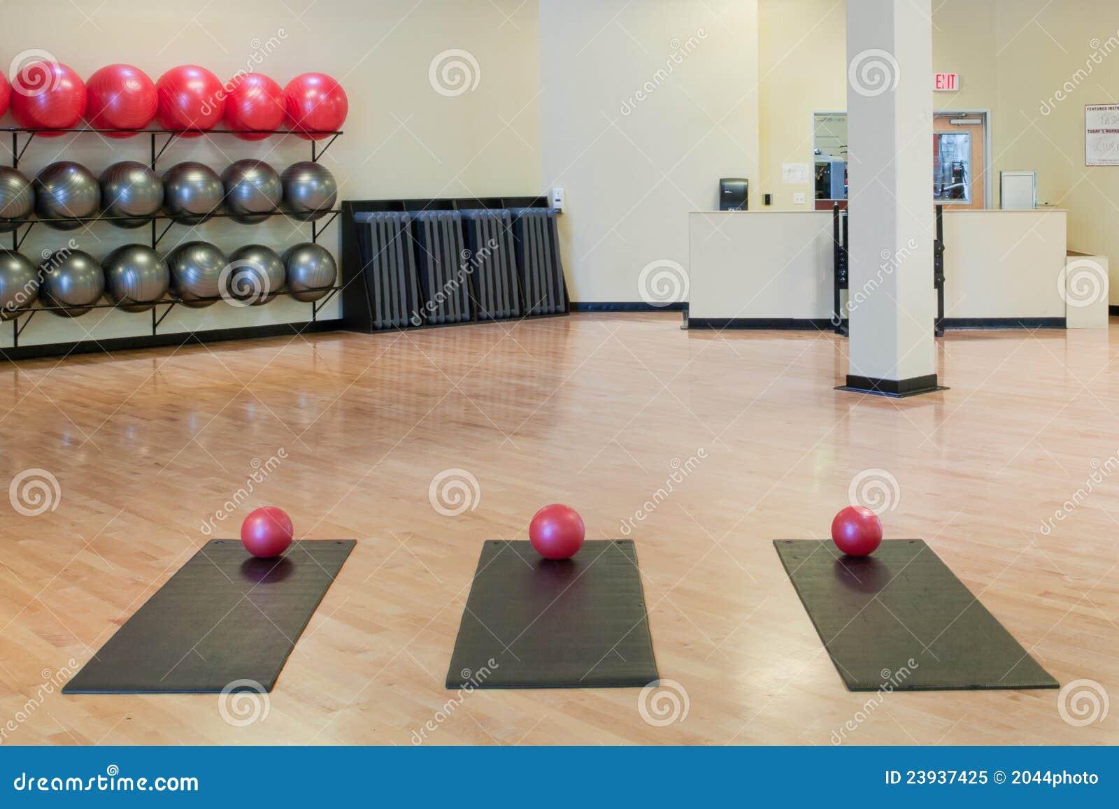Piłek ćwiczenia gym matuje rozciąganie