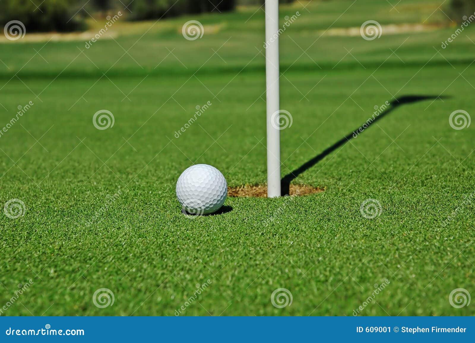 Piłka golfa green