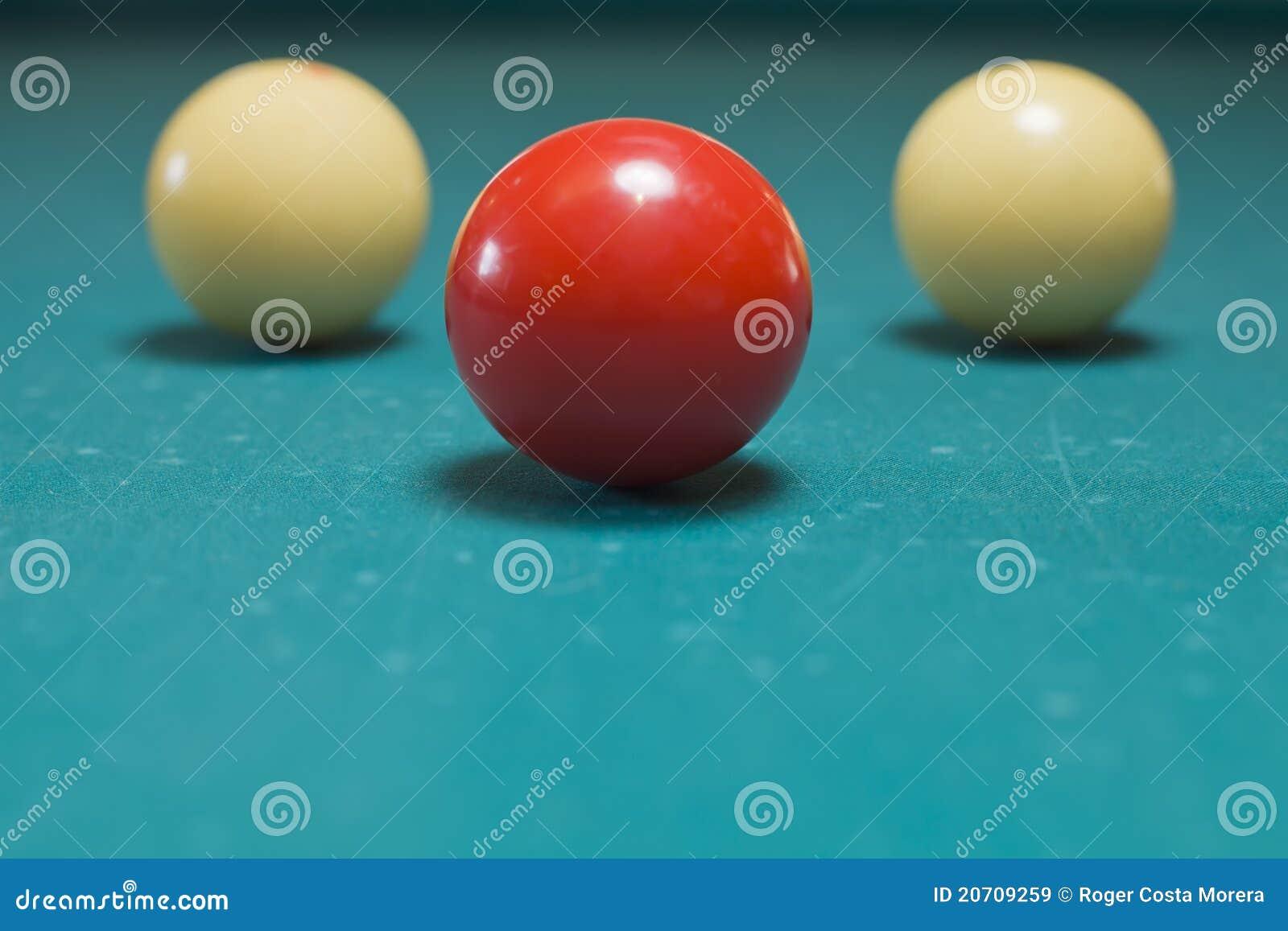 Piłki trzy