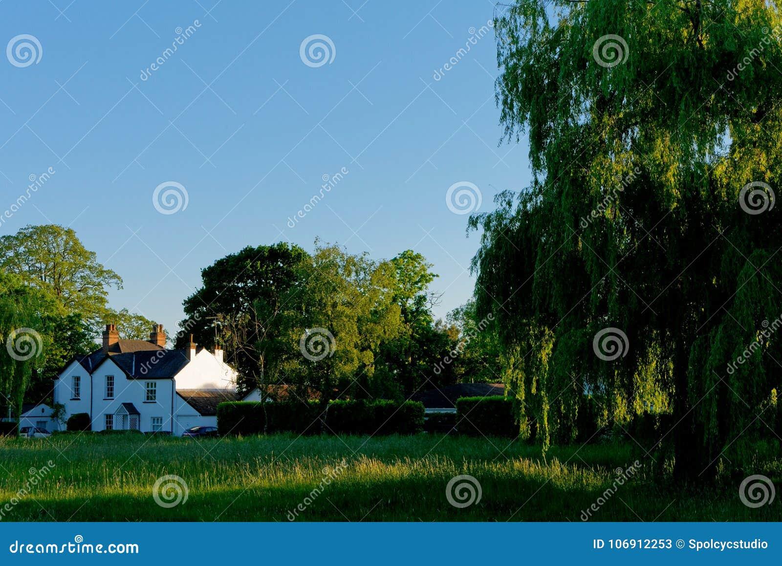 Piękny Brytyjski dom na wsi