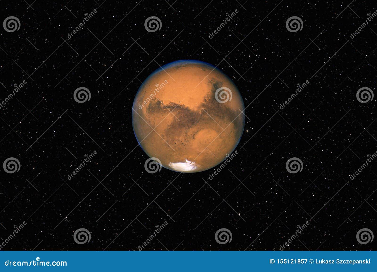 Pianeta Marte contro il fondo stellato scuro del cielo in sistema solare