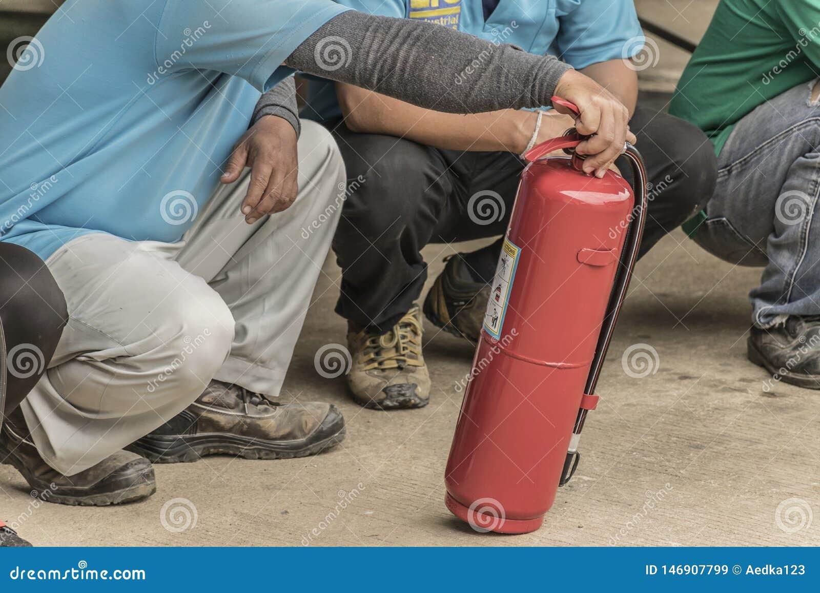 Piani di protezione contro l incendio di pratica e di addestramento, stoccaggio di gas di GPL, agosto 29, 2018