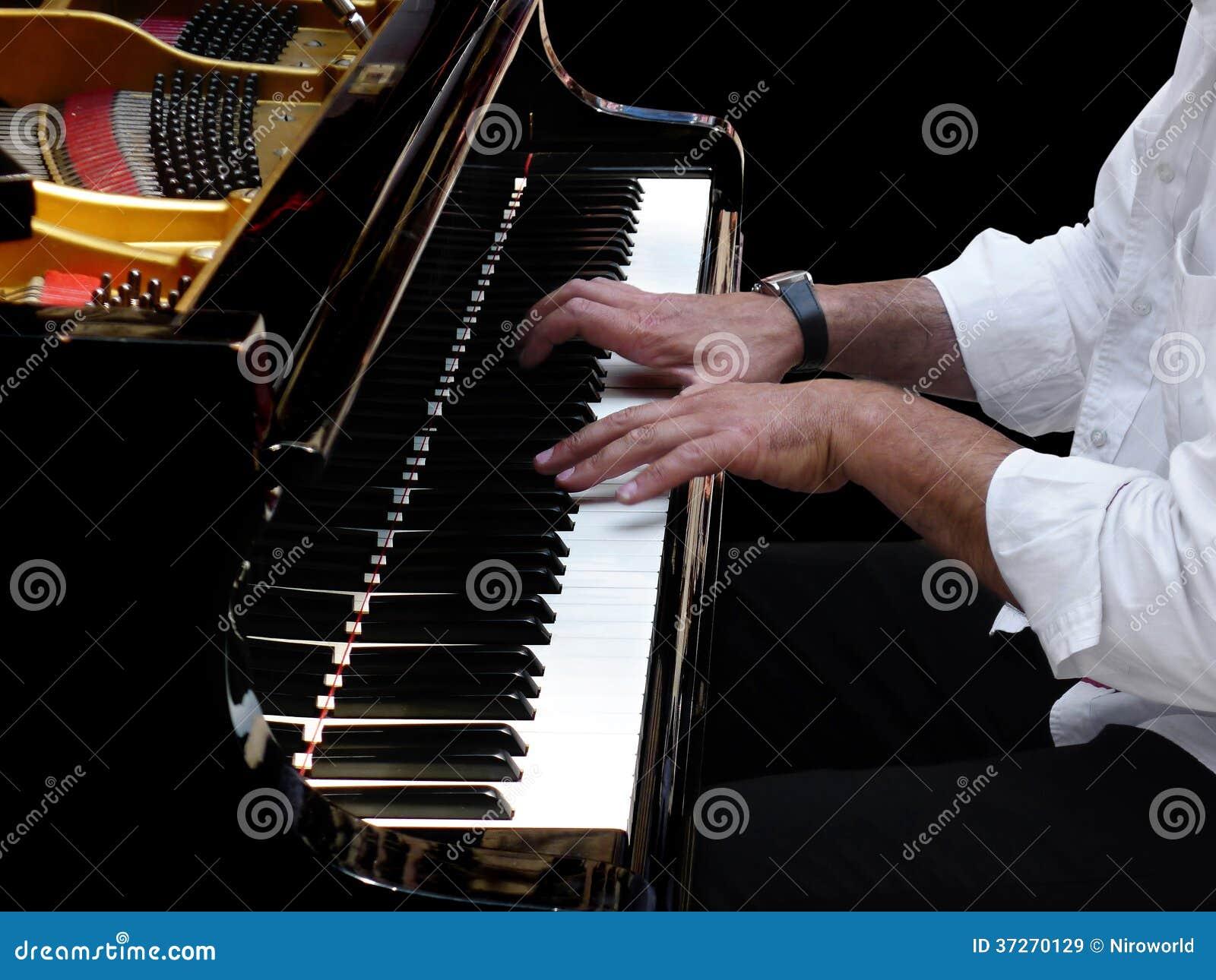Pianiste Plays Jazz Music