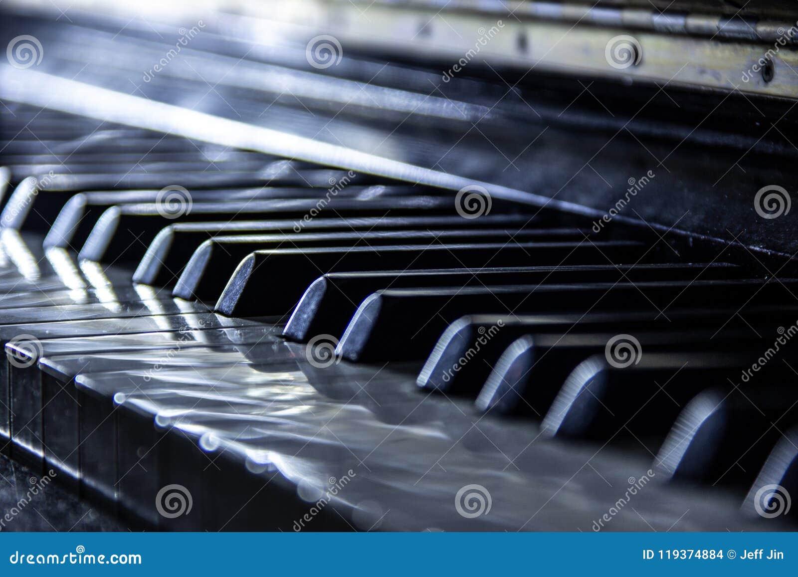 Piano, foyer sélectif, effets nostalgiques, couleur neutre
