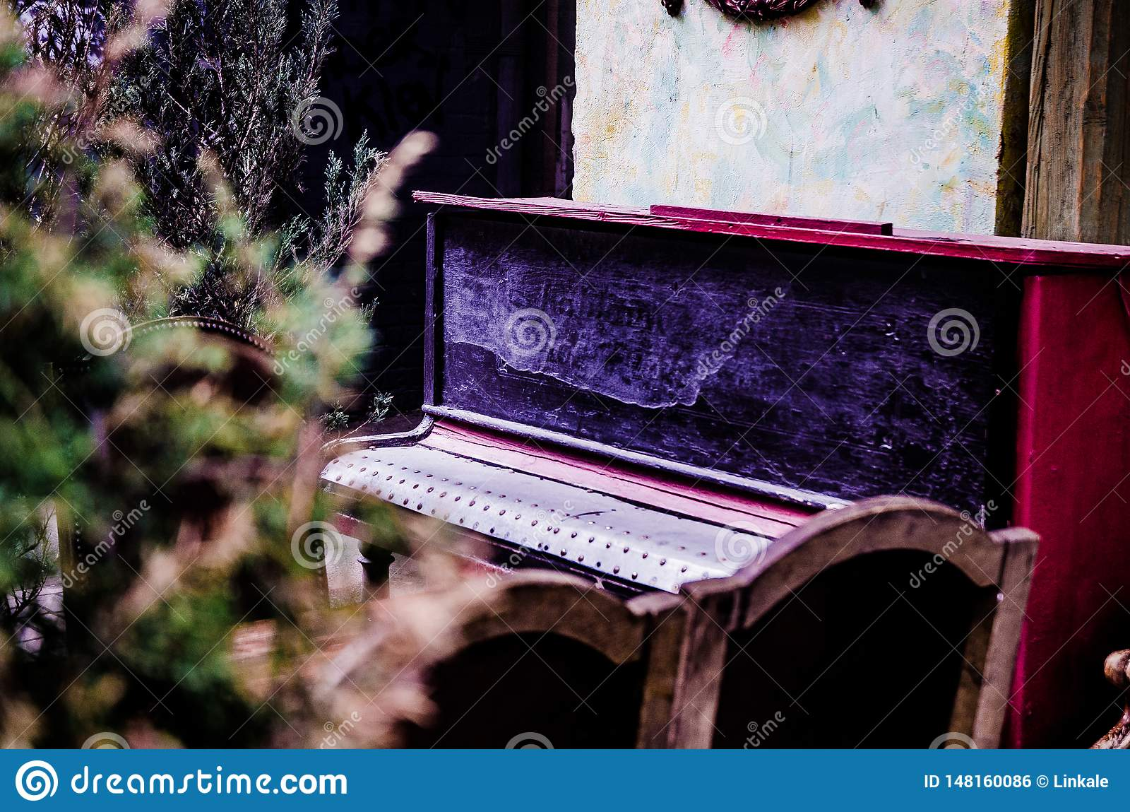 Piano music in hurt