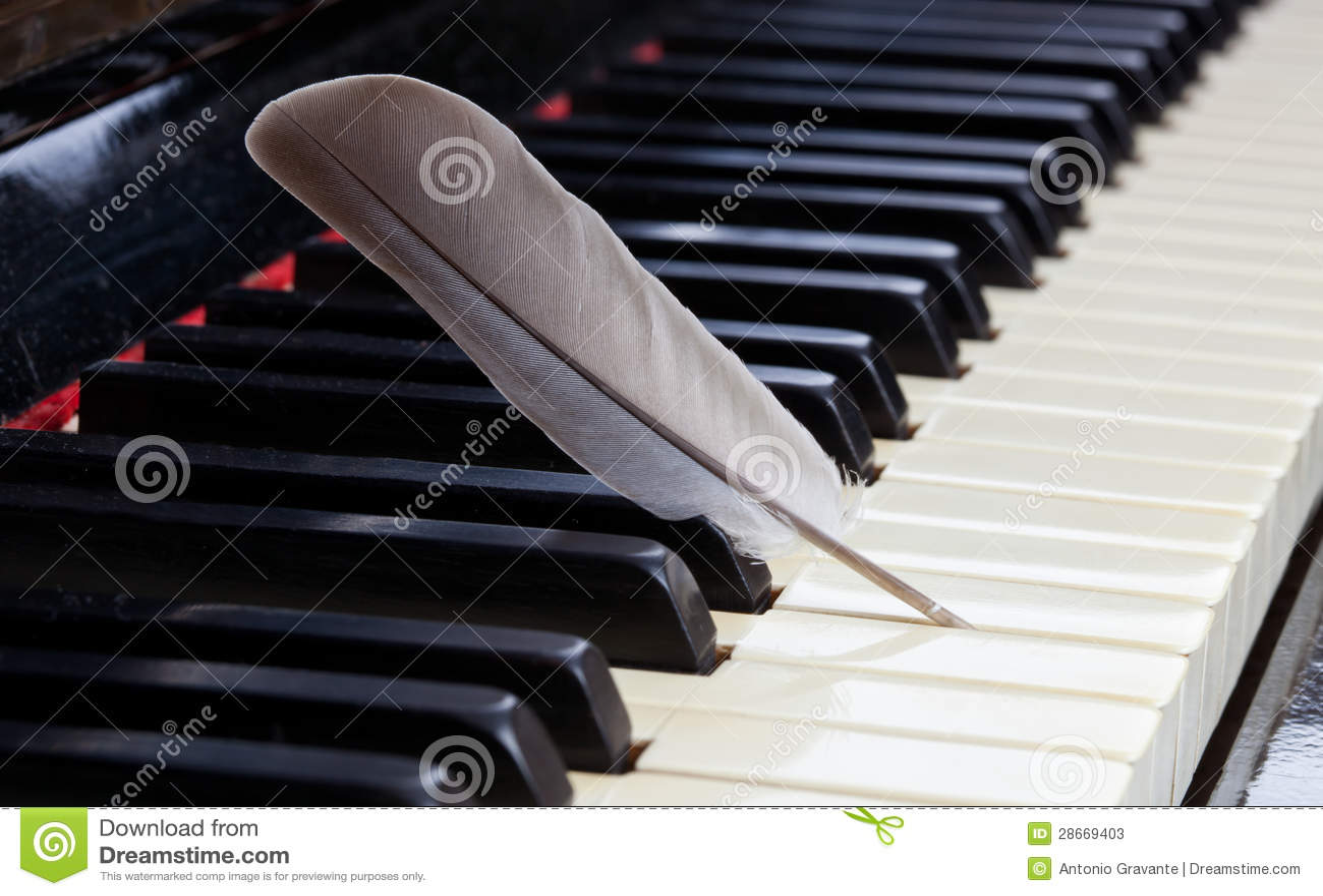 piano musique douce image stock image du objet musical 28669403. Black Bedroom Furniture Sets. Home Design Ideas