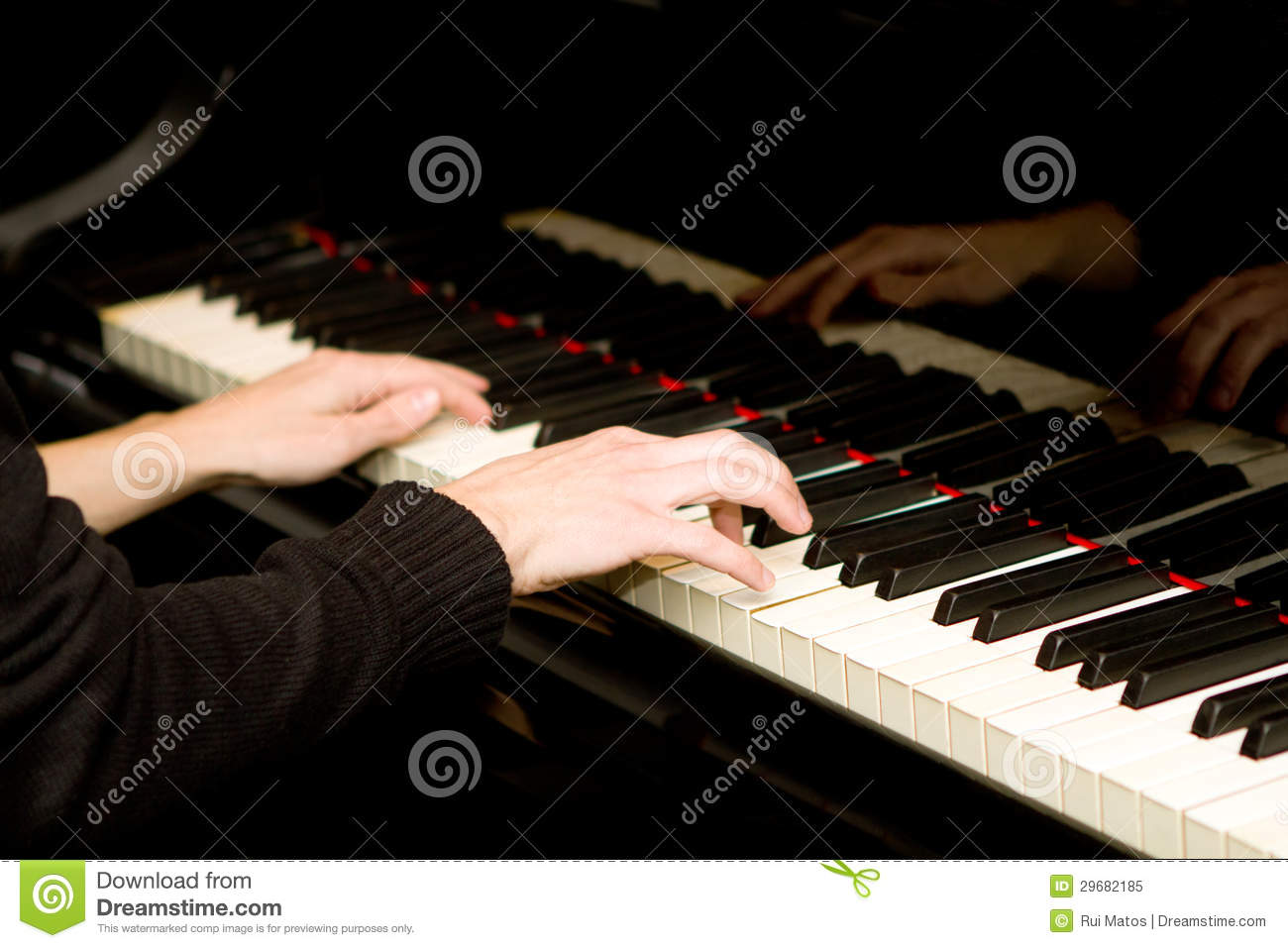 Piano Player Royalty Free Stock Photo - Image: 29682185