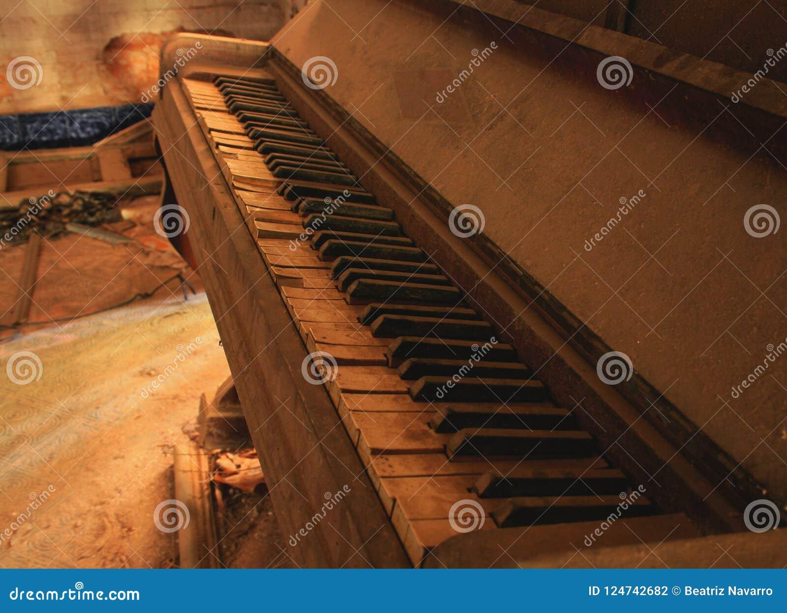 PIANO SANS PIANISTE
