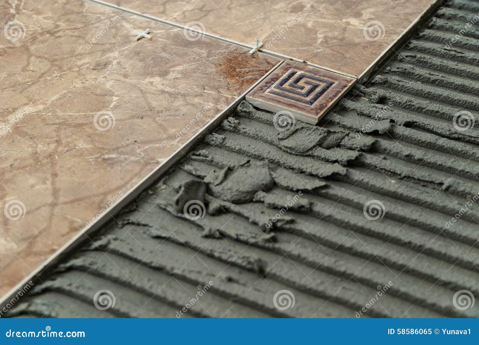 Piastrelle di ceramica e mattonelle decorative immagine stock immagine di pavimento riparare - Piastrelle decorative ...