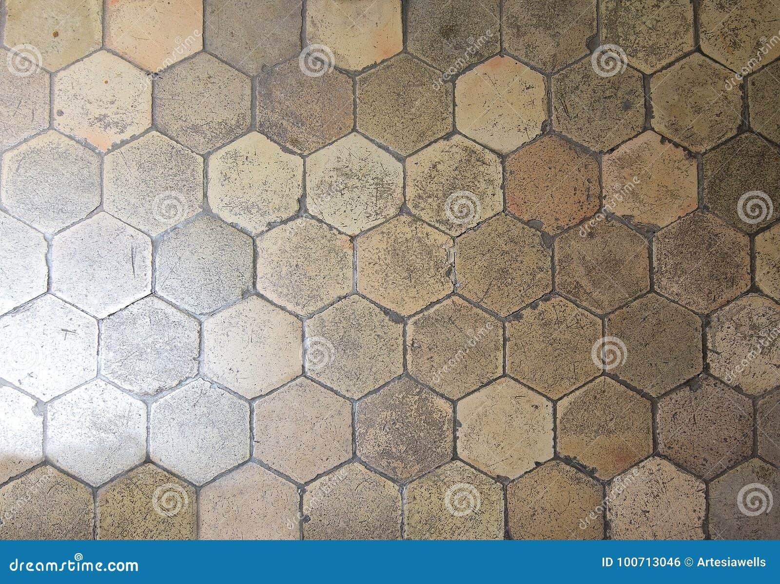 Piastrelle Esagonali Bianche : Piastrelle per pavimento esagonali fotografia stock immagine di