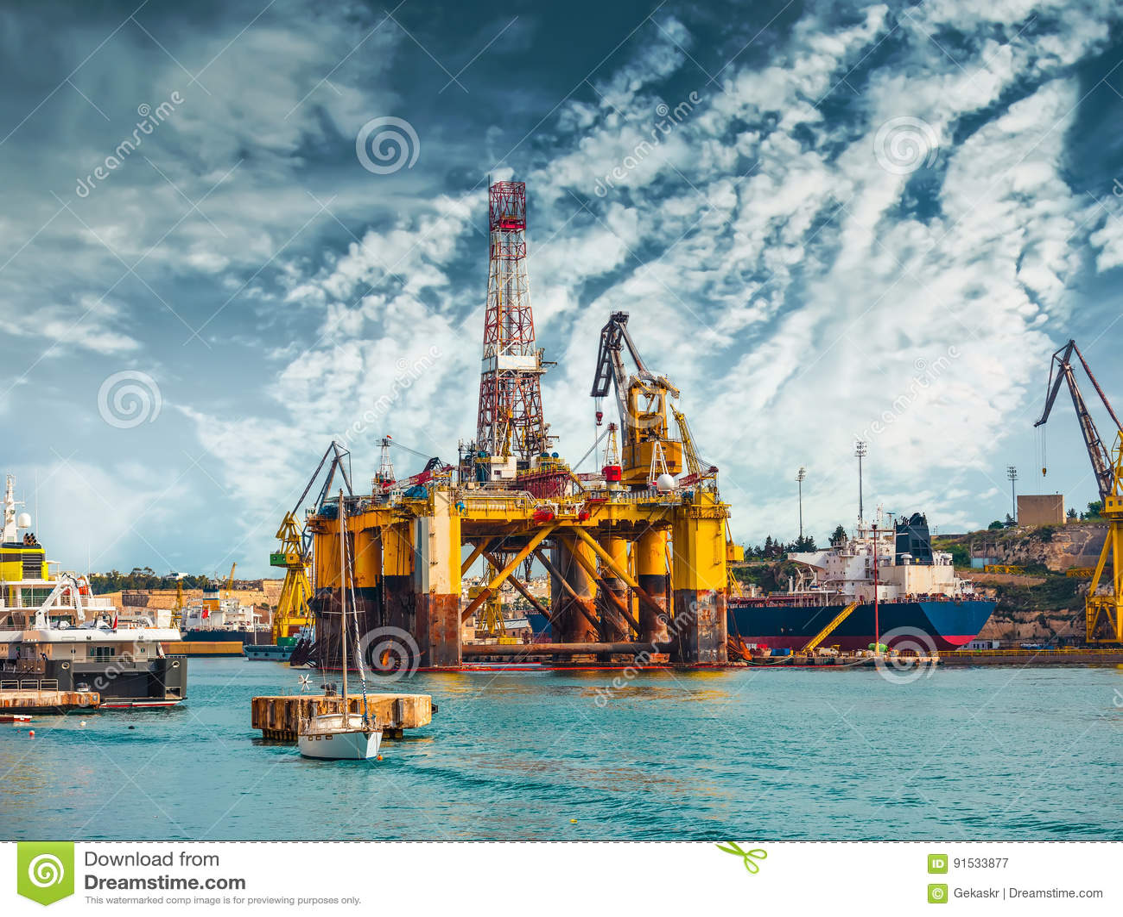 Piattaforma petrolifera nella riparazione