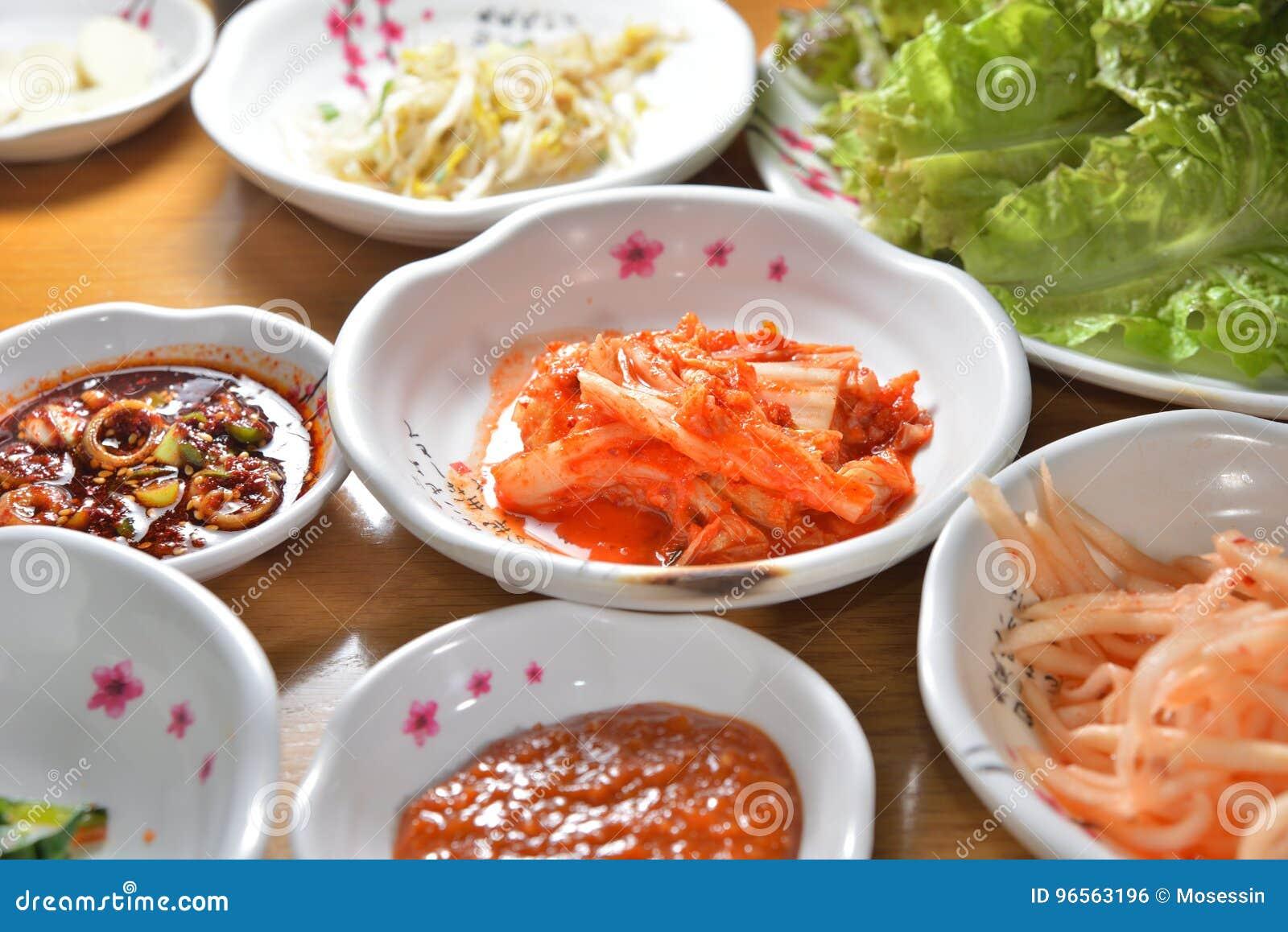 Piatto coreano di kimchi