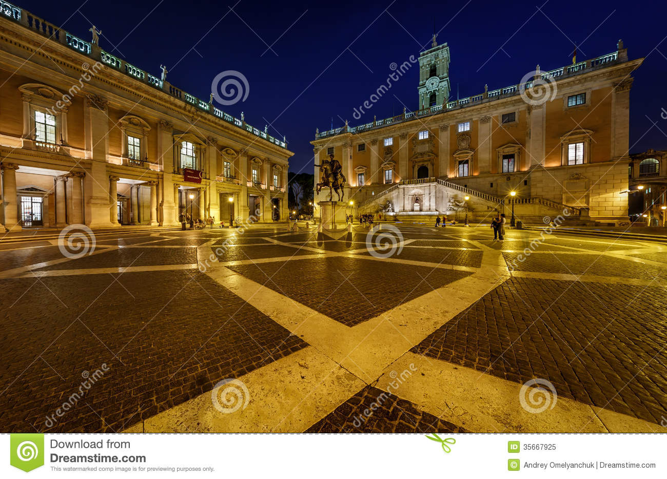 Piazza Del Campidoglio On Capitoline Hill With Palazzo Senatorio Royalty Free Stock ...