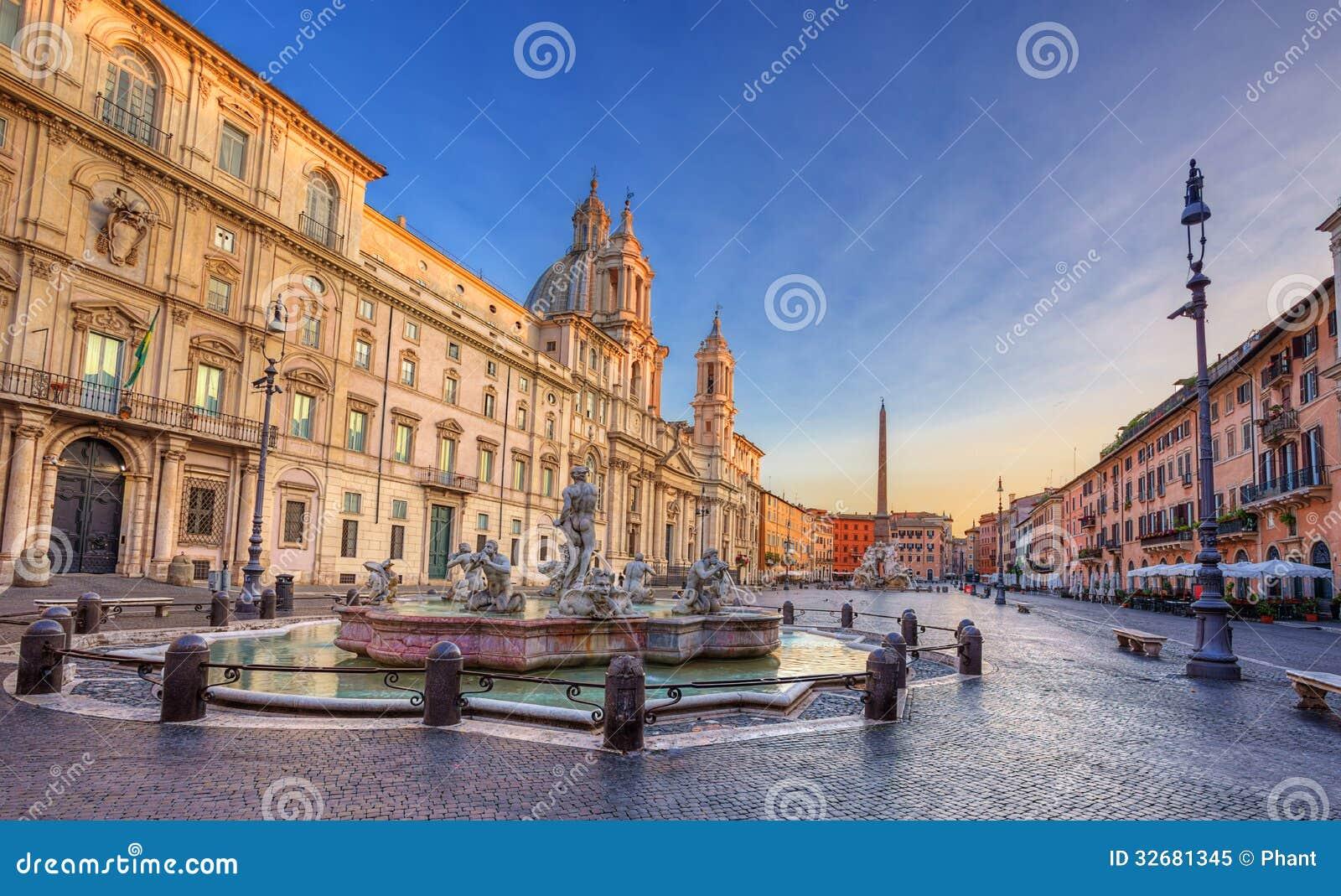 Piazza Navona in de ochtend. Rome. Italië.