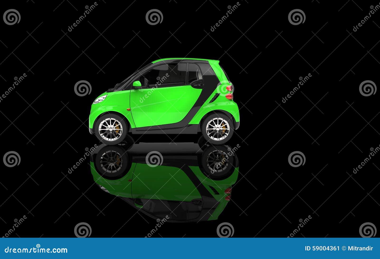 Piccola automobile verde intenso