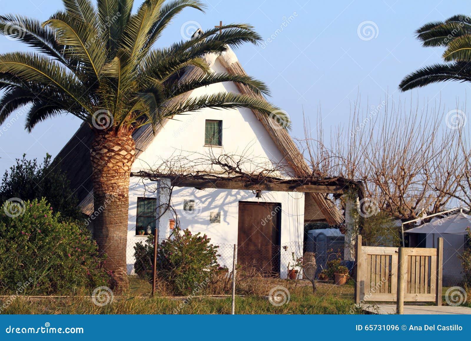 Piccola fattoria tipica di valencia riserva naturale di for Piccola fattoria moderna