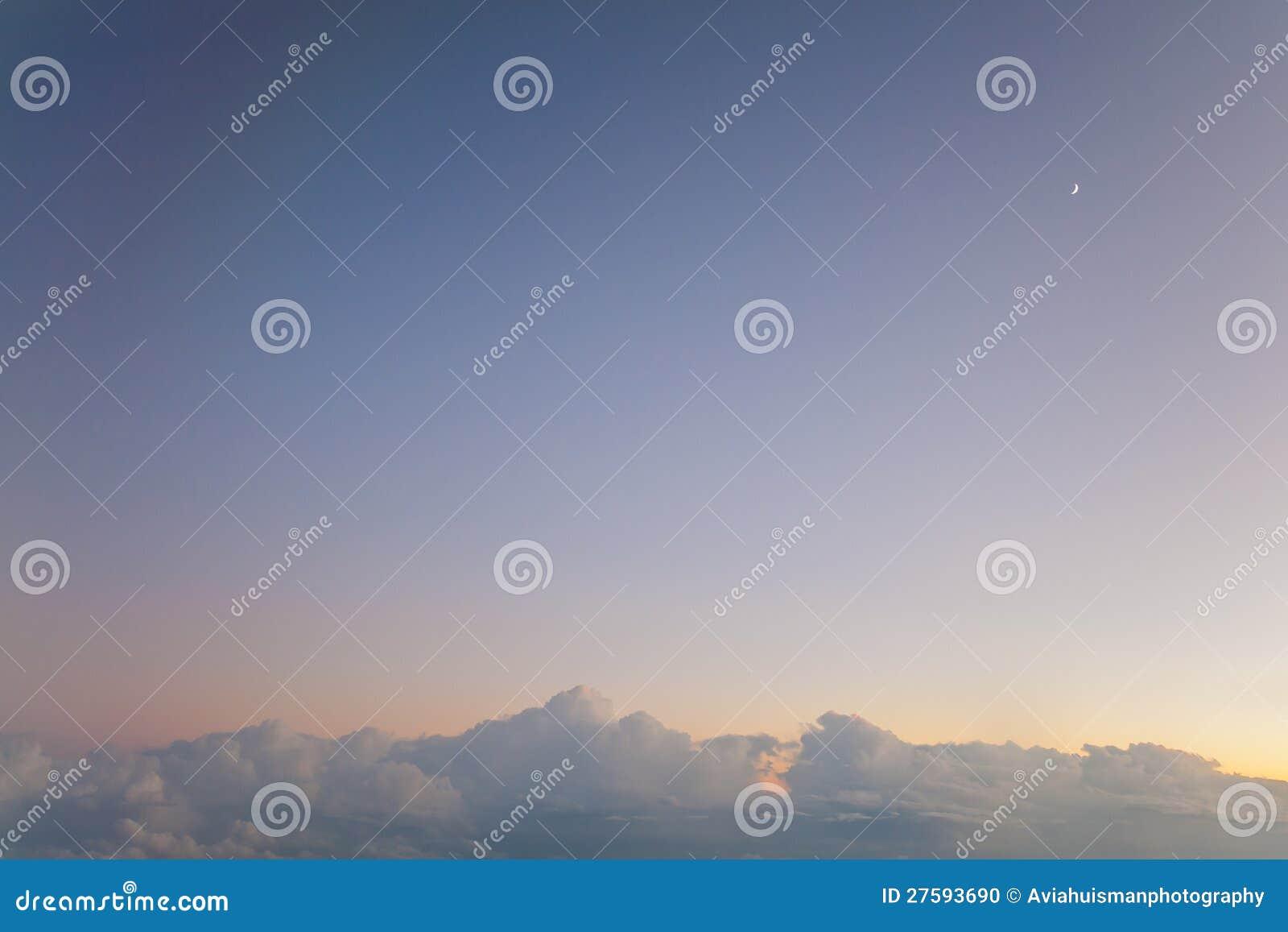 Piccola Luna Del Grande Cielo Fotografia Stock Immagine Di