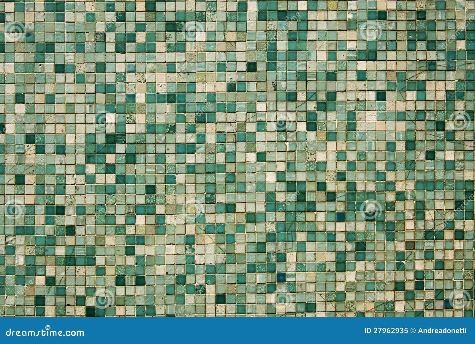 Piccole mattonelle di mosaico verdi immagine stock immagine di