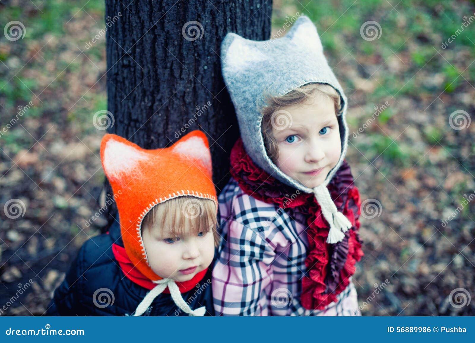 Piccoli bei ragazzo e ragazza