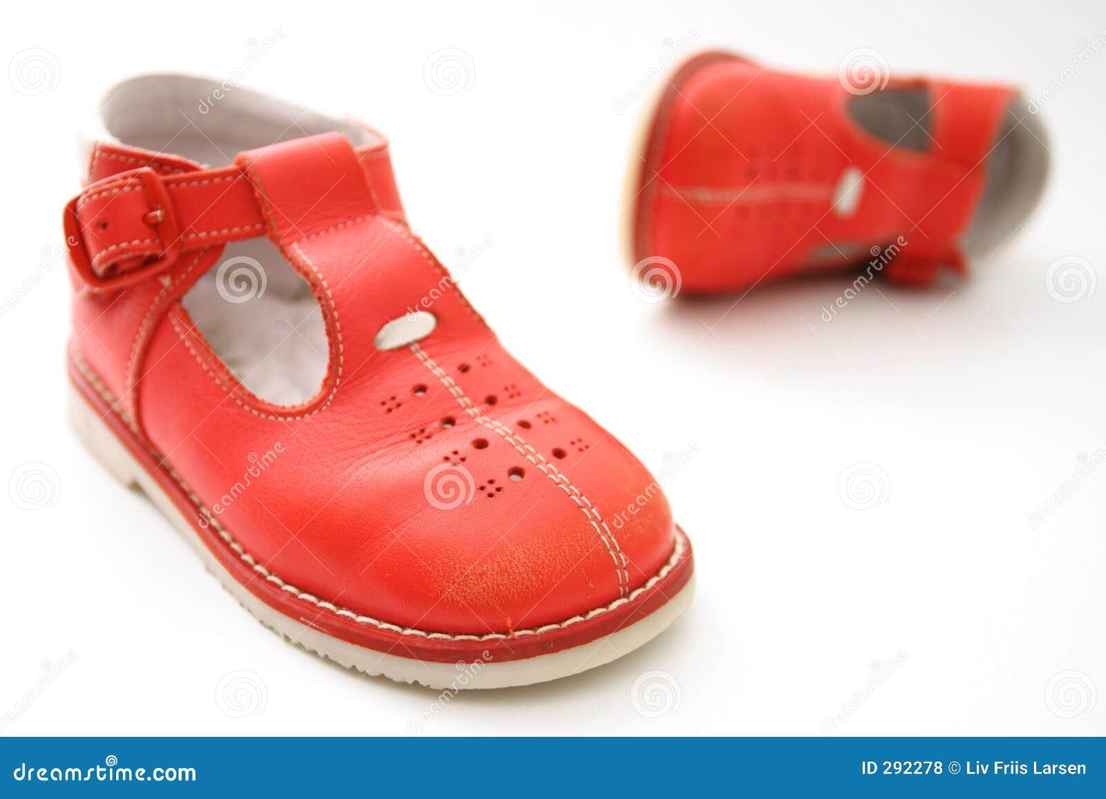 Piccoli pattini rossi