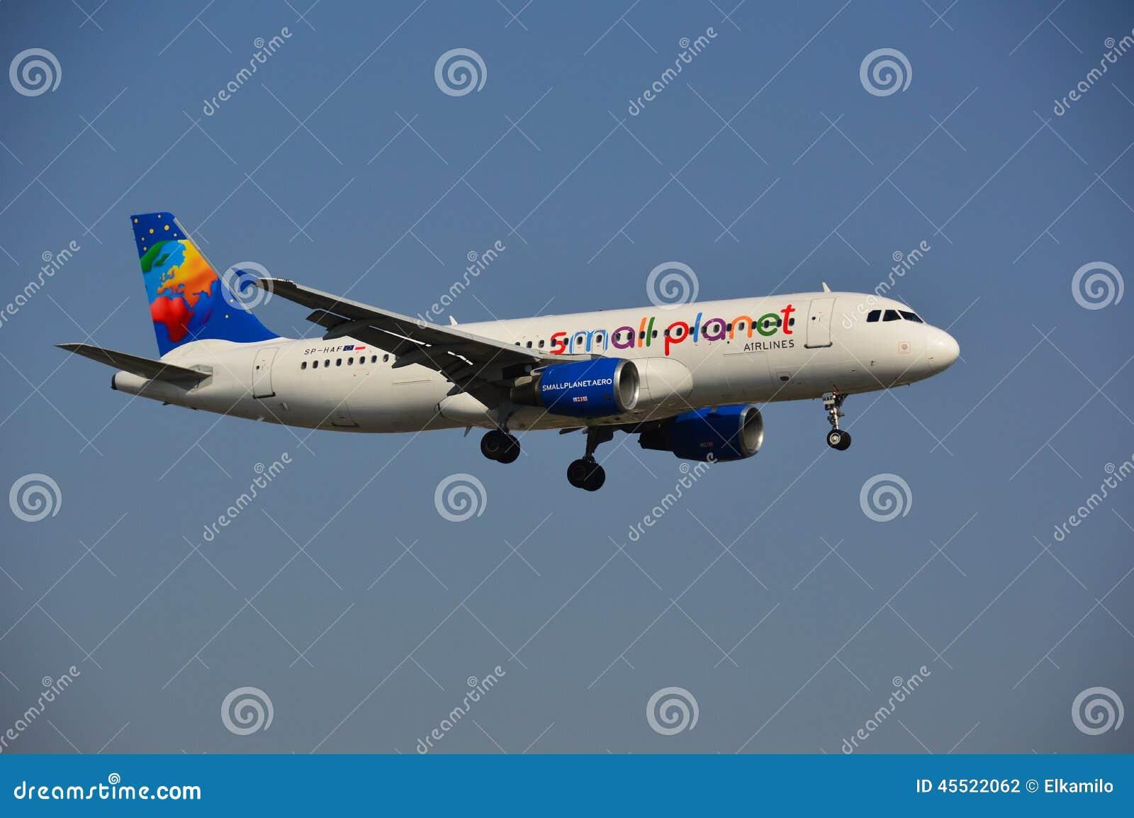 Piccolo aereo di linee aeree del pianeta