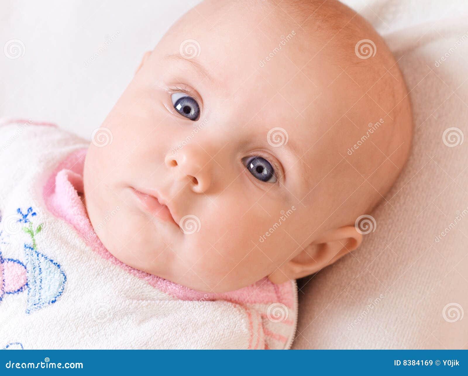 Foto bambini con gli occhi azzurri 21