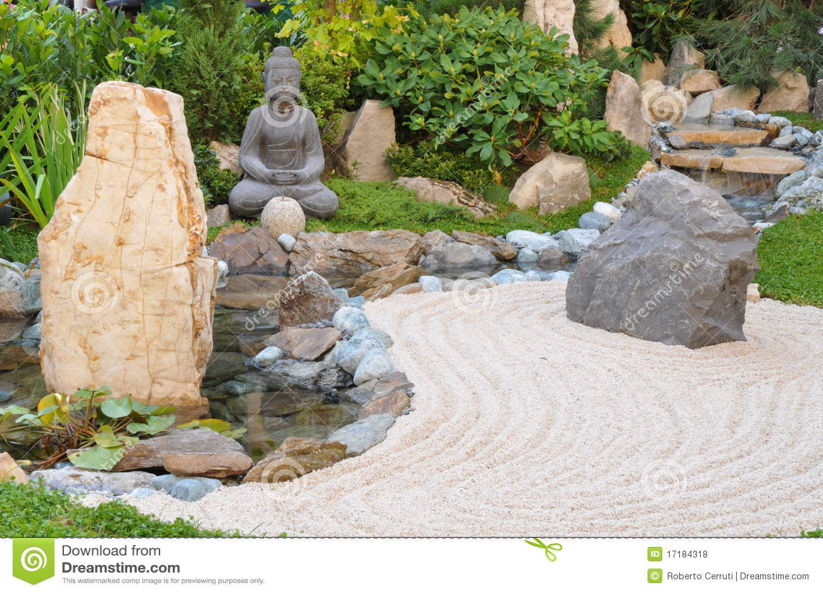 Piccolo Giardino Giapponese Fotografie Stock Libere da Diritti - Immagine: 17...