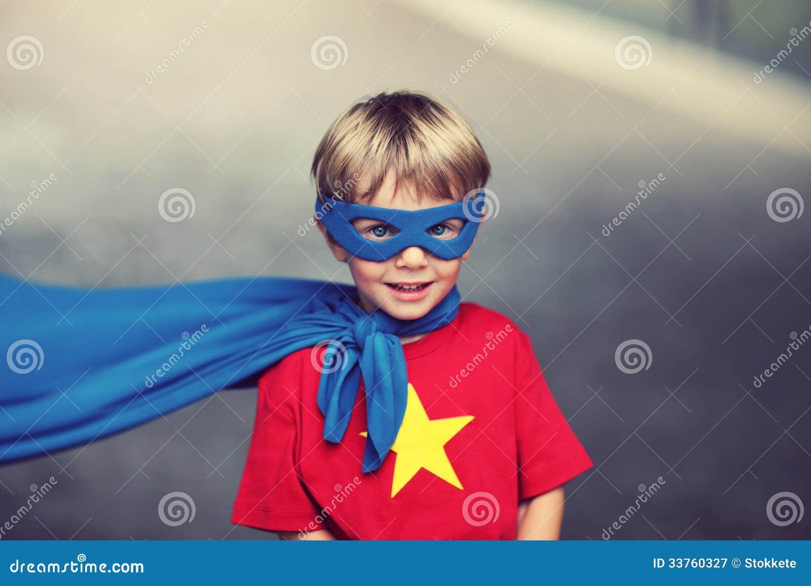 Piccolo supereroe