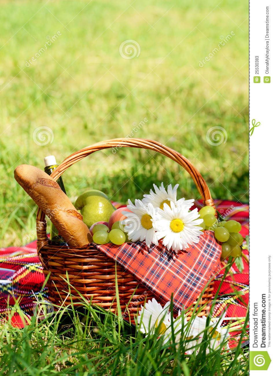 Picnic Basket Stock Image Image Of Healthy Colorful