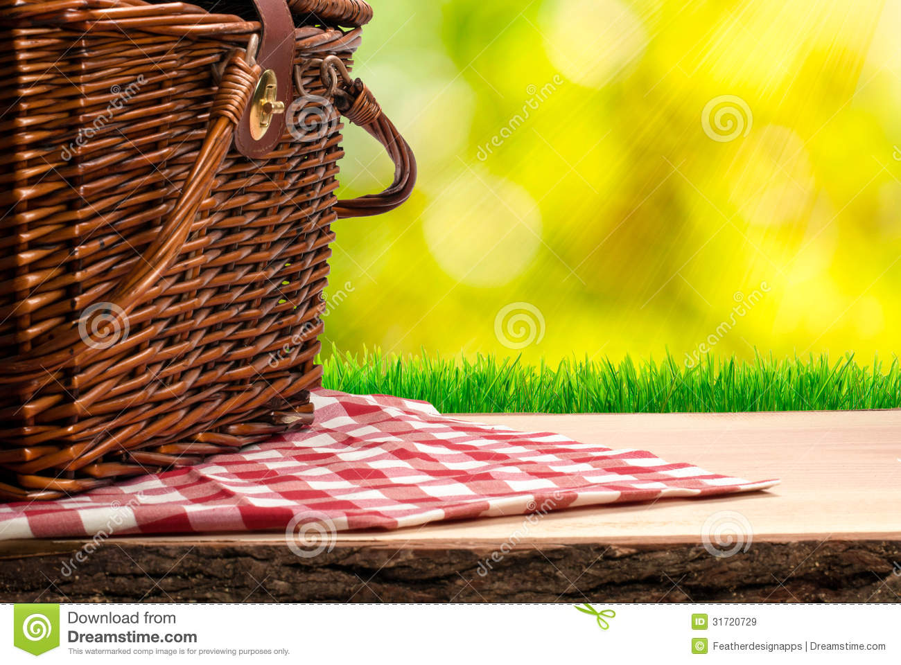 Picnic Basket On The Table Royalty Free Stock Images - Image: 31720729