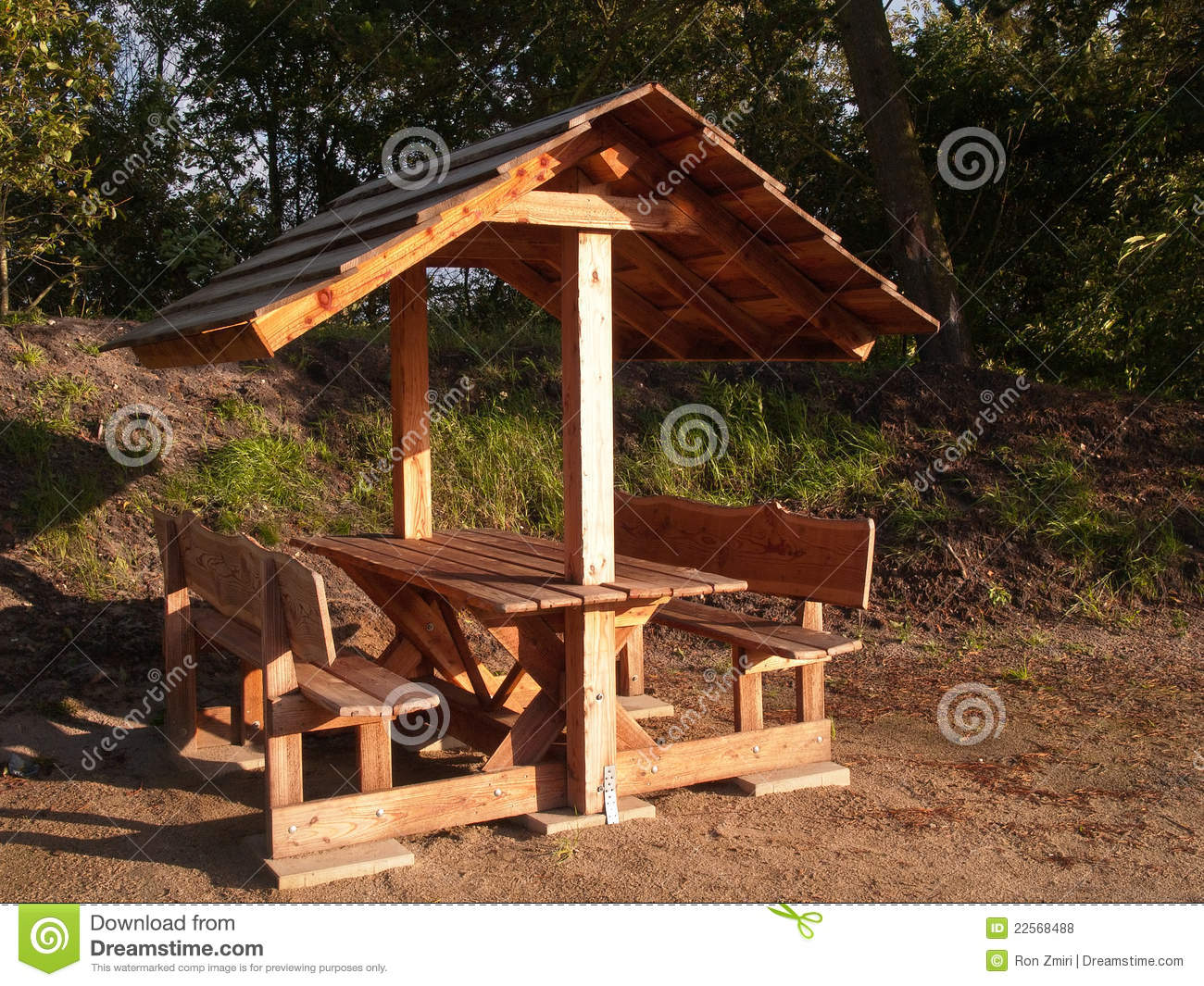 Picnic Table Royalty Free Stock Photos - Image: 22568488