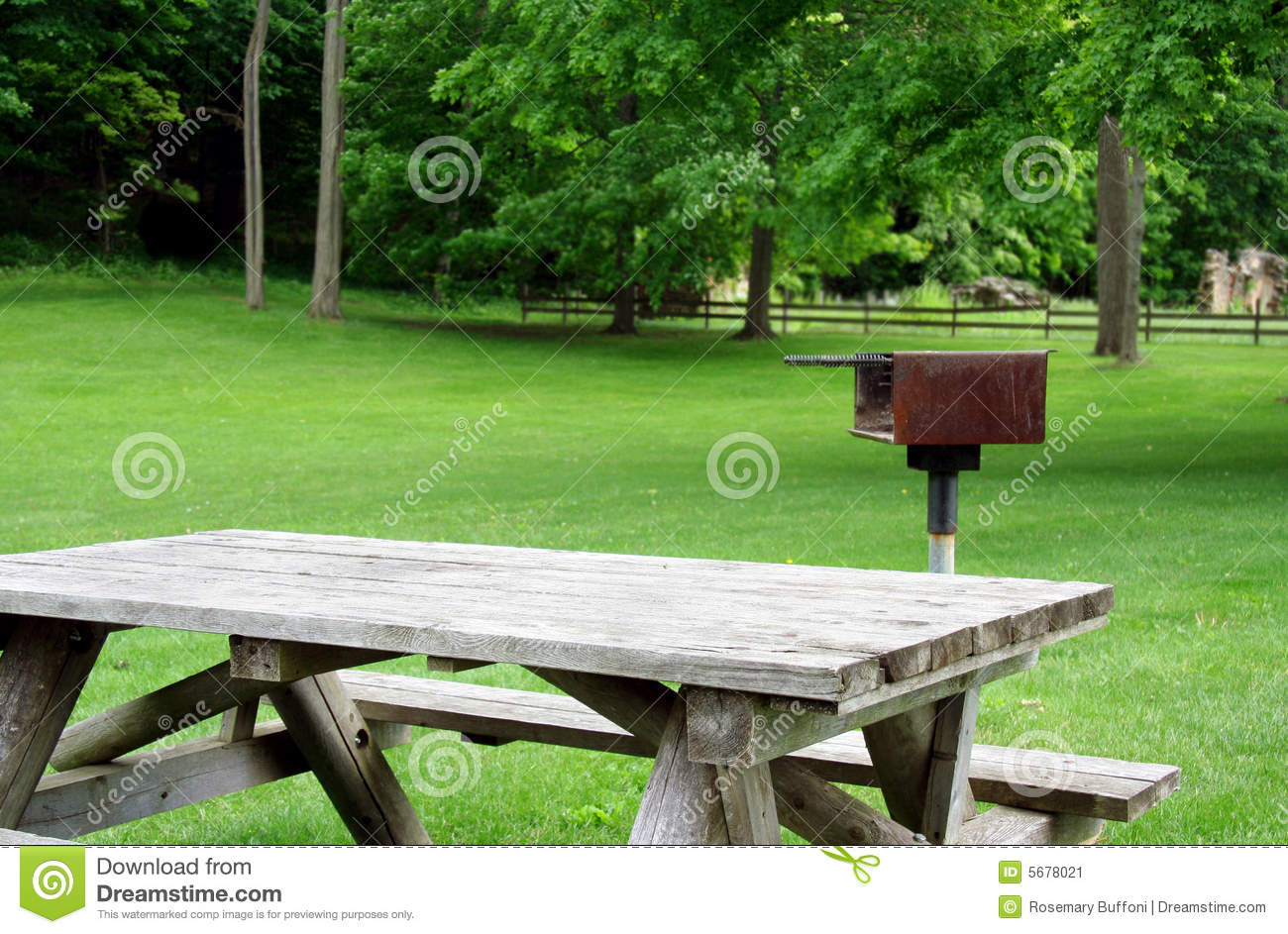 Picnic Table And Grill In Park Stock Image Image Of