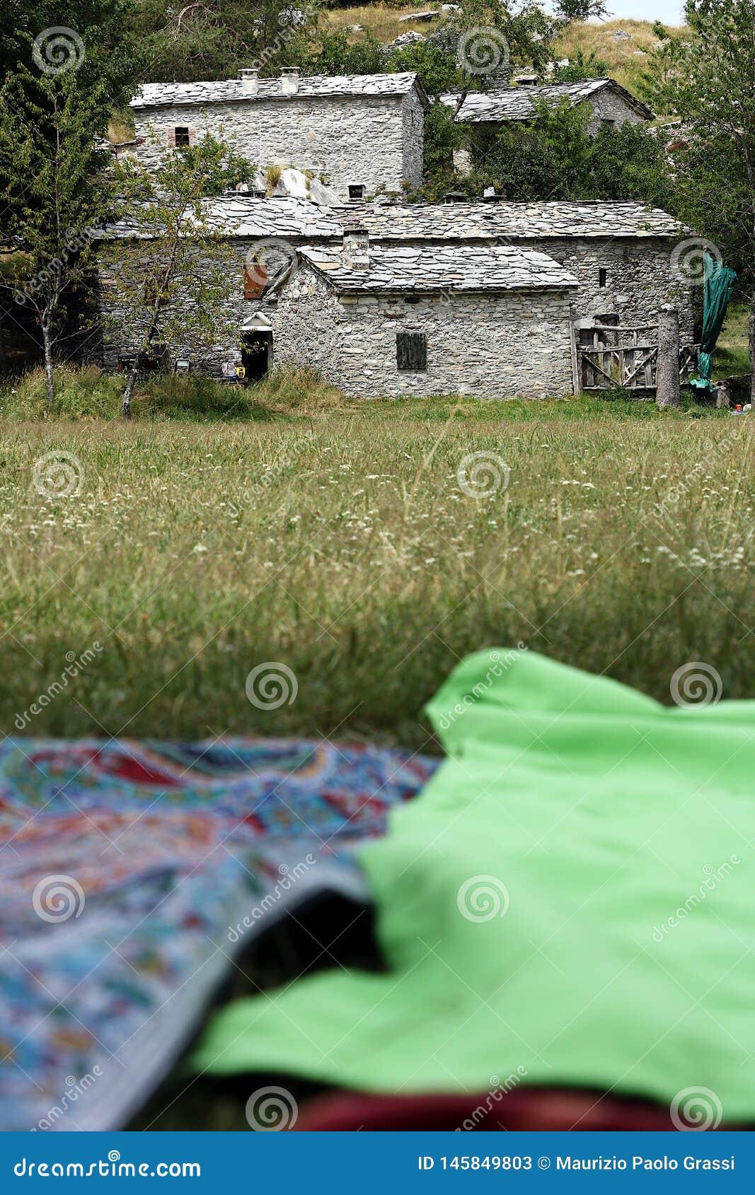 Picnick i Tuscany Garfagnana Campocatino, Apuan fjällängar, Lucca