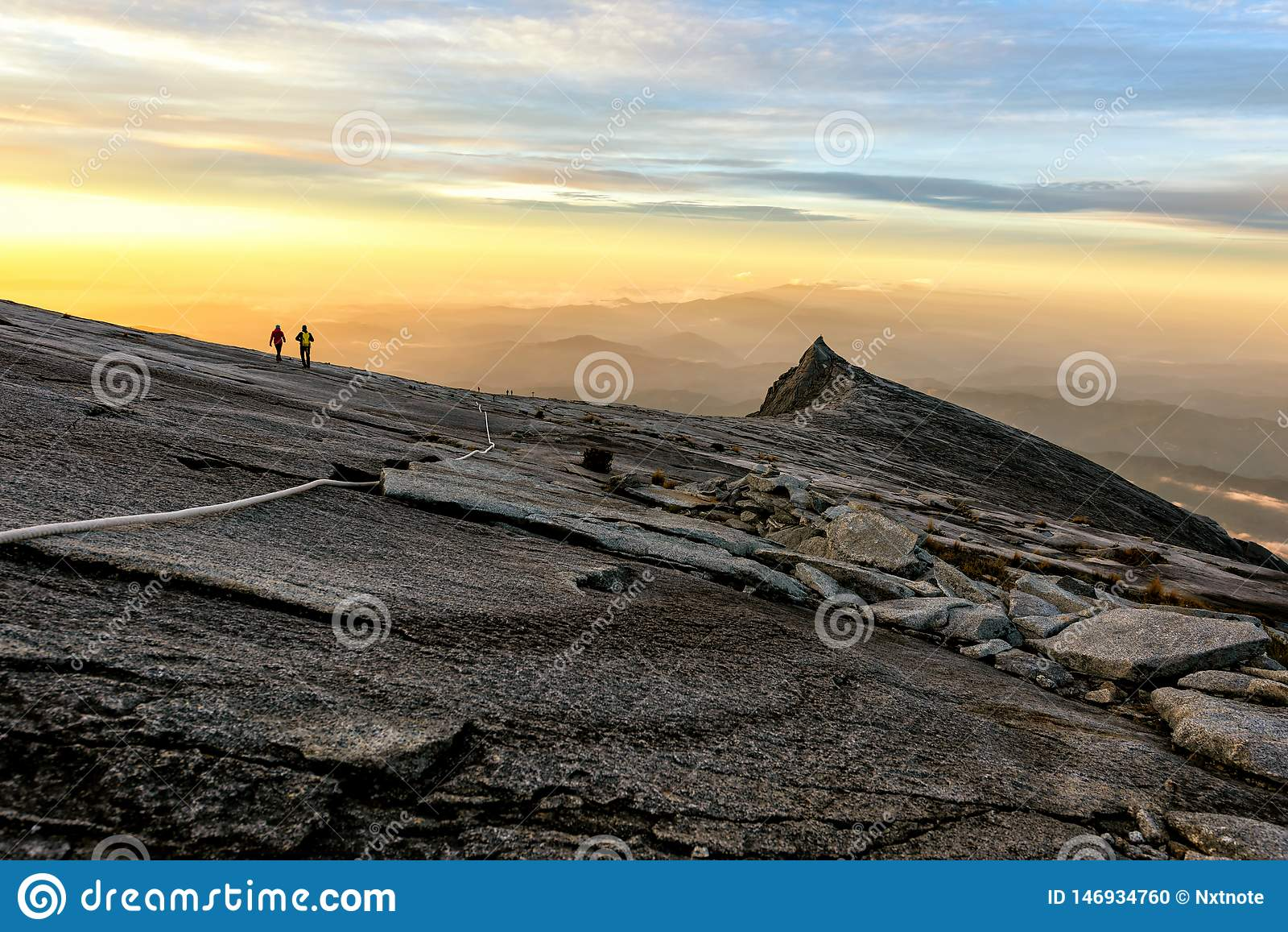 Pico de Kenabalu en Malasia