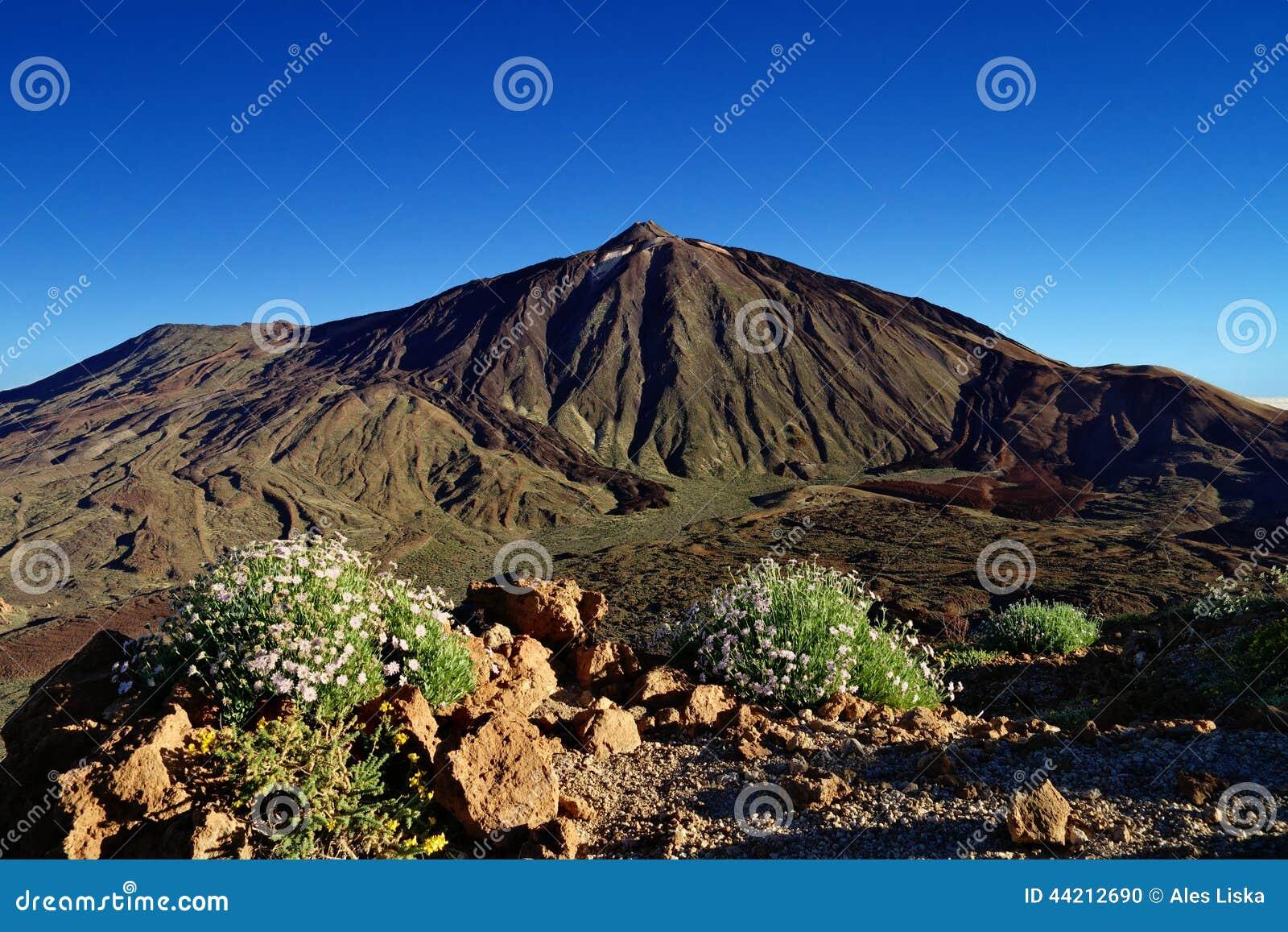 Pico del Teide, el pico más alto de España, Tenerife