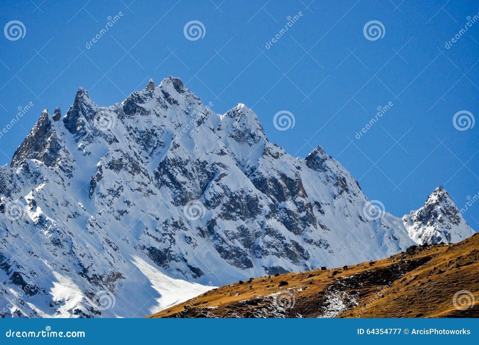 Picos pequenos Himalaias