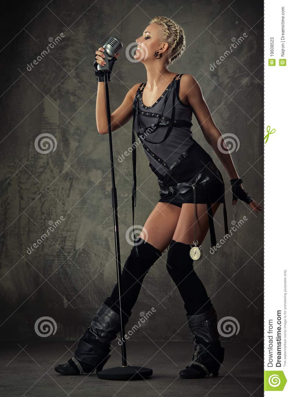 Picture of an attractive steam punk singer.