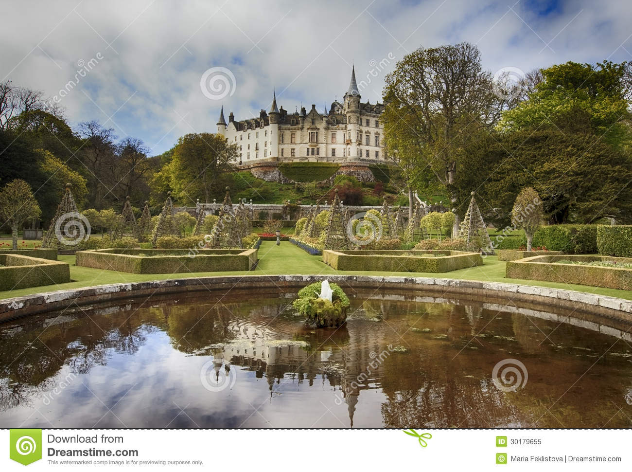 Dunrobin castle and english park in spring editorial image for Castle gardens pool