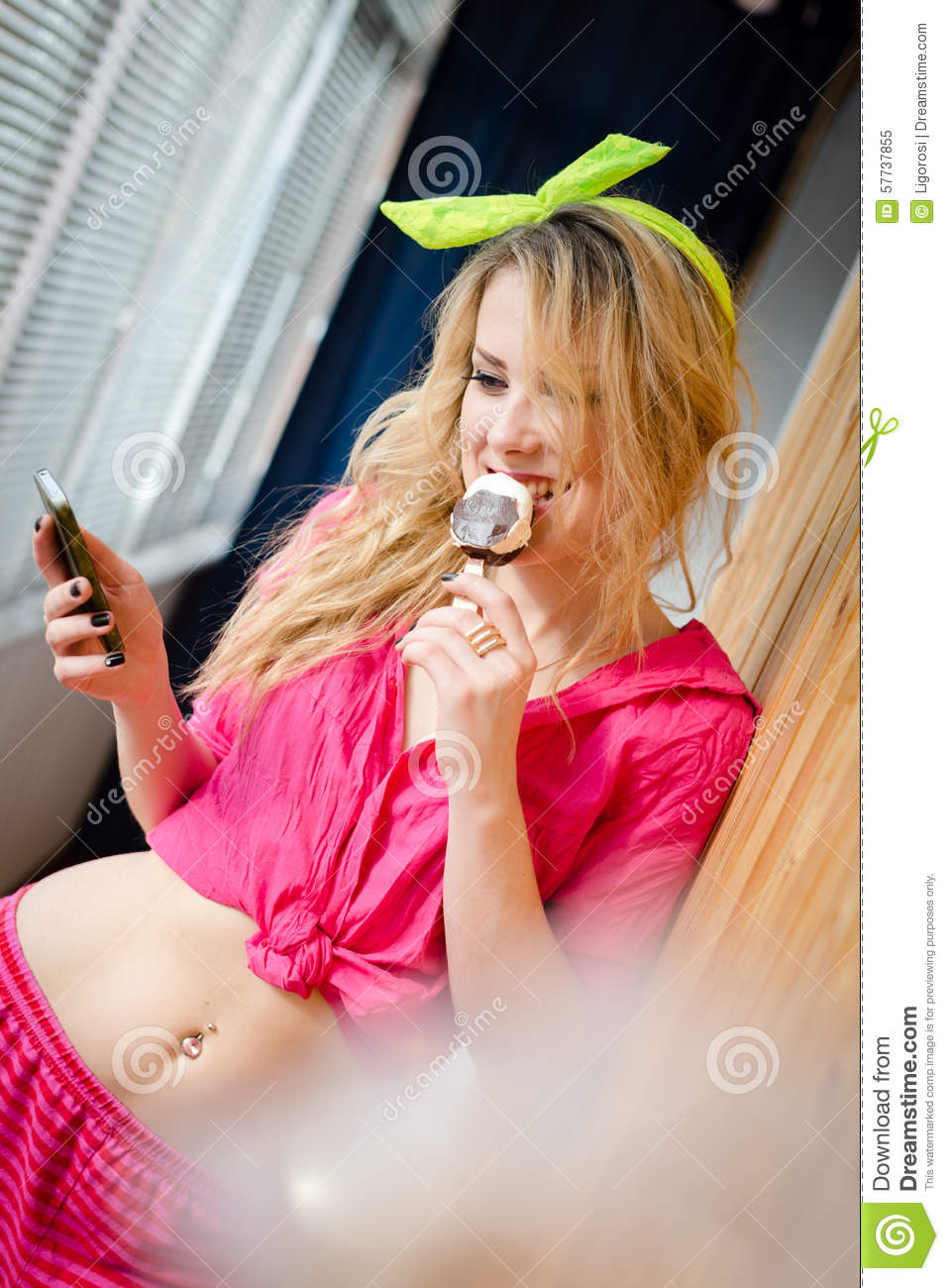 Picture of eating icecream beautiful sexi blonde